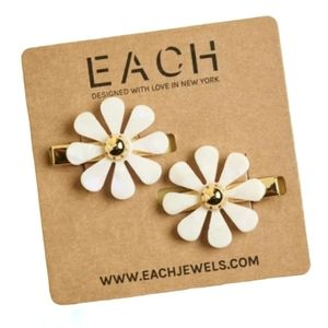 EACH JEWELS Flower Barrettes Set Pearly White Gold